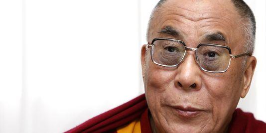 1203511_3_8c08_le-dalai-lama-a-paris-en-juin-2009